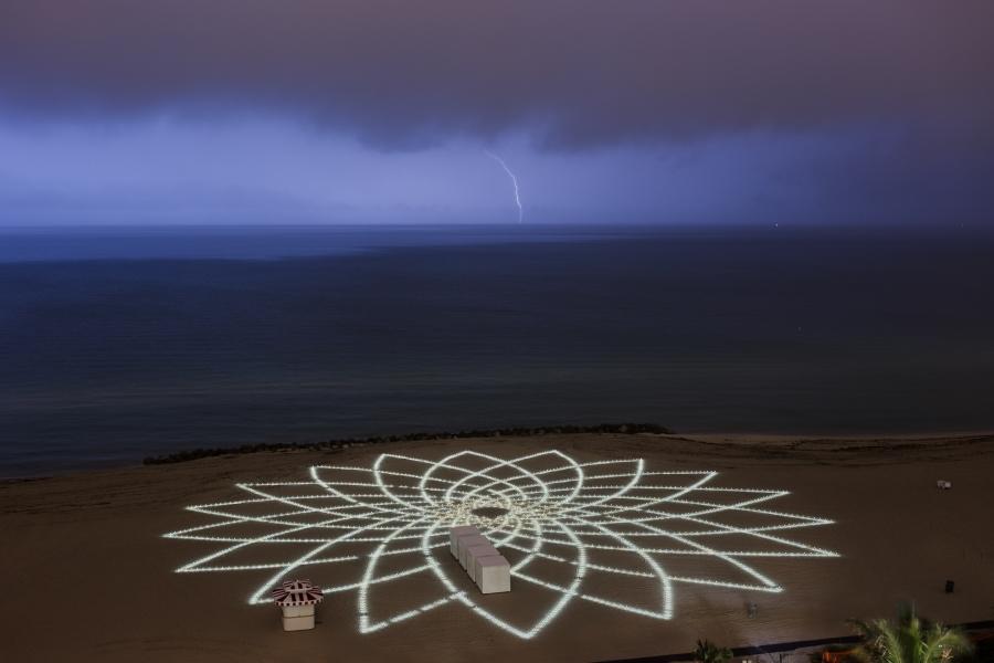https://www.jimdenevan.com/files/gimgs/th-29_Day-4-Lightning-001_v2.jpg